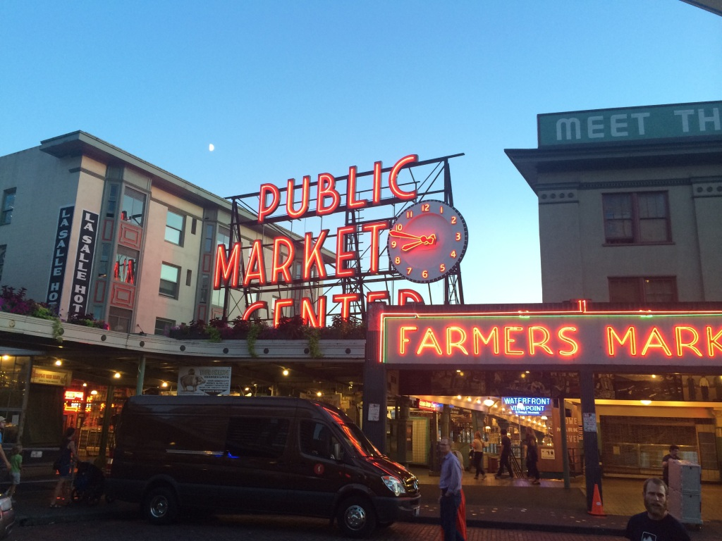 The world famous Pike Place Market. We went back the next morning and it was as hectic as advertised